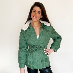 Vintage green jacket with shearling collar small